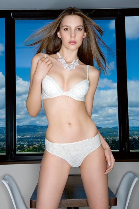 fred bourcier photographe lingerie le bourget catalogue 06