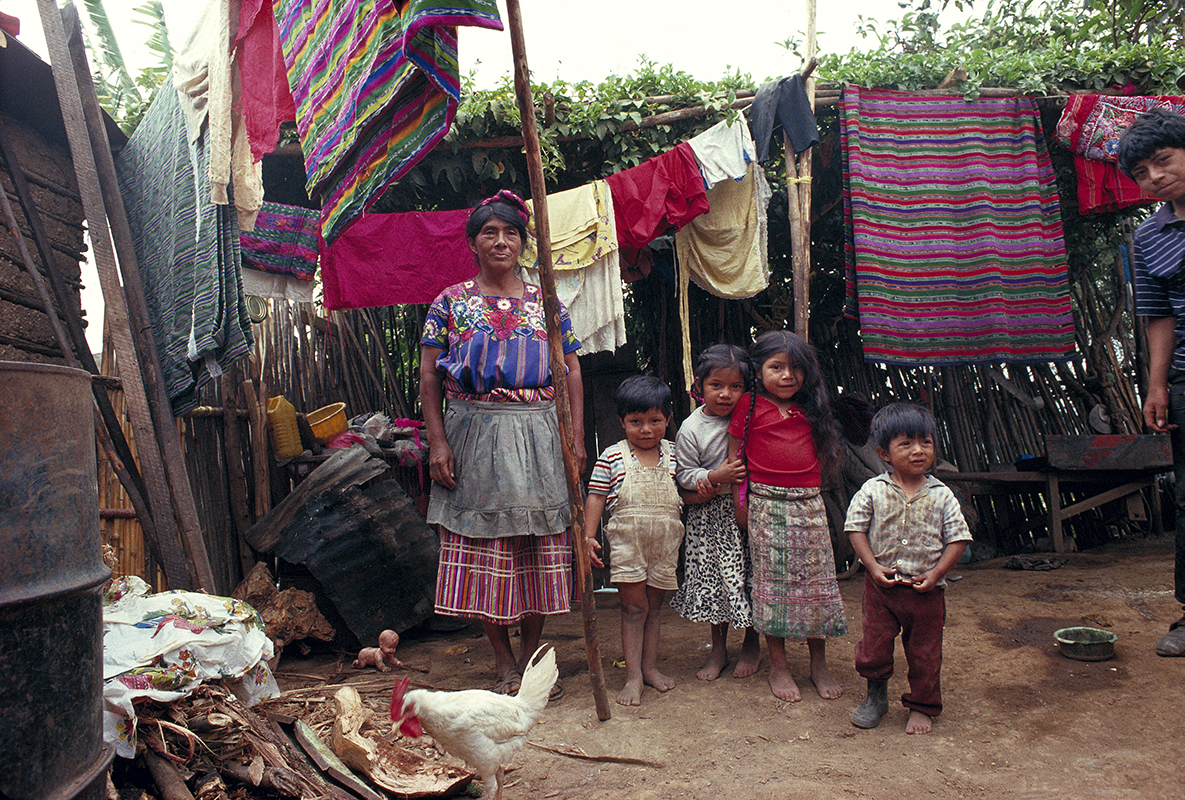fred bourcier photographe reportage guatemala city portraits famille bidonville 02