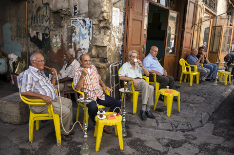 fred bourcier photographe reportage liban beyrouth café