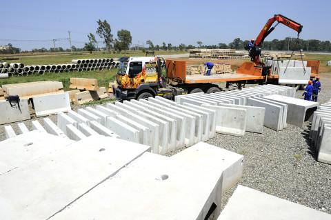 fred bourcier photographe reportage renault trucks btp travaux publics afrique du sud 02