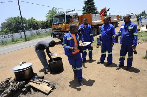 fred bourcier photographe reportage renault trucks btp travaux publics afrique du sud 08