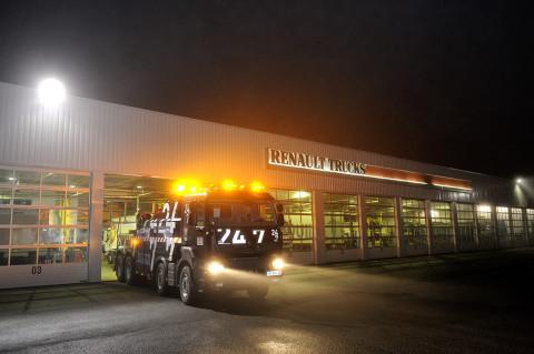fred bourcier photographe reportage Renault trucks depanneuse camions 04