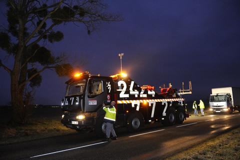 fred bourcier photographe reportage Renault trucks depanneuse camions 06