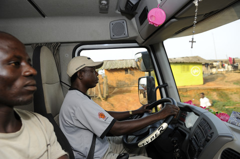 fred bourcier photographe reportage renault trucks ghana transport cacao 05