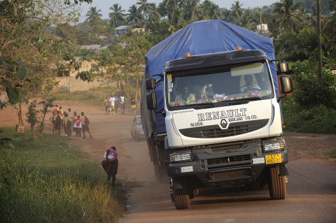 fred bourcier photographe reportage renault trucks ghana transport cacao 19