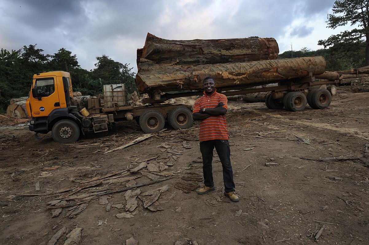 photographe reportage renault trucks ghana transport grumes bois 16 ~ Transport Grumes Bois