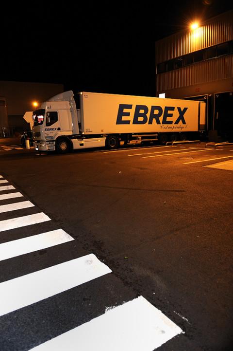 reportage camion renault trucks quai de chargement fred bourcier photographe