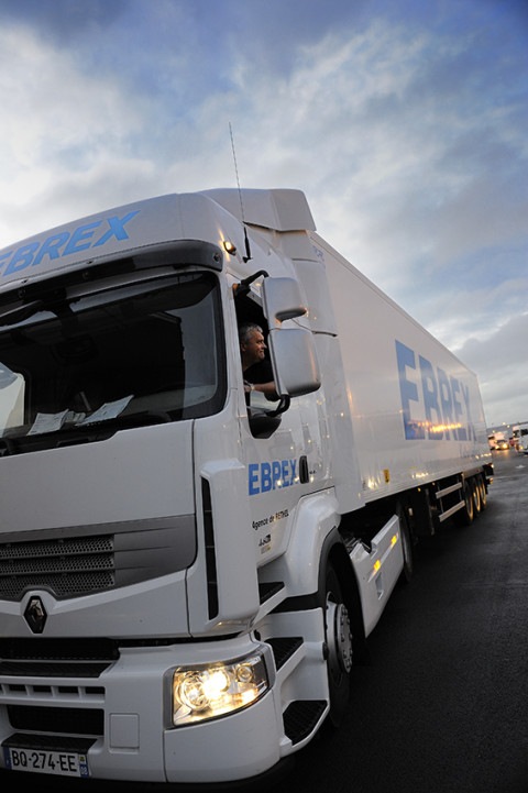 Photo fred bourcier camion Renault trucks au marche de rungis