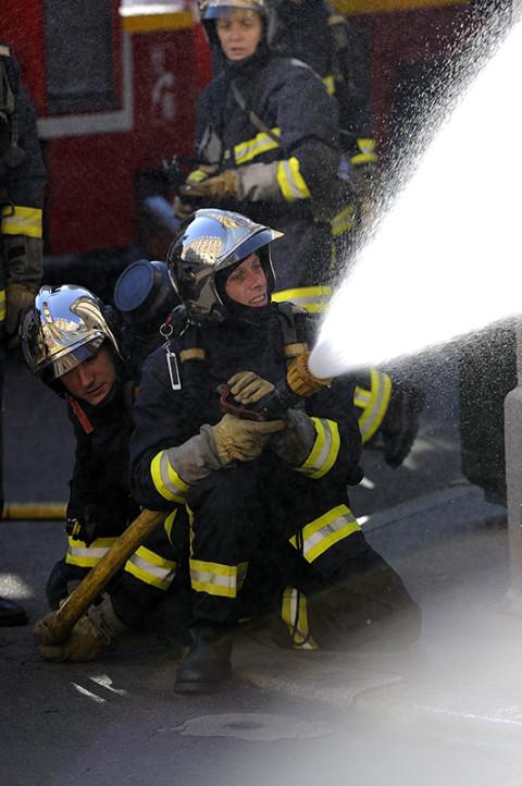 fred bourcier photographe reportage renault trucks pompiers de paris 08