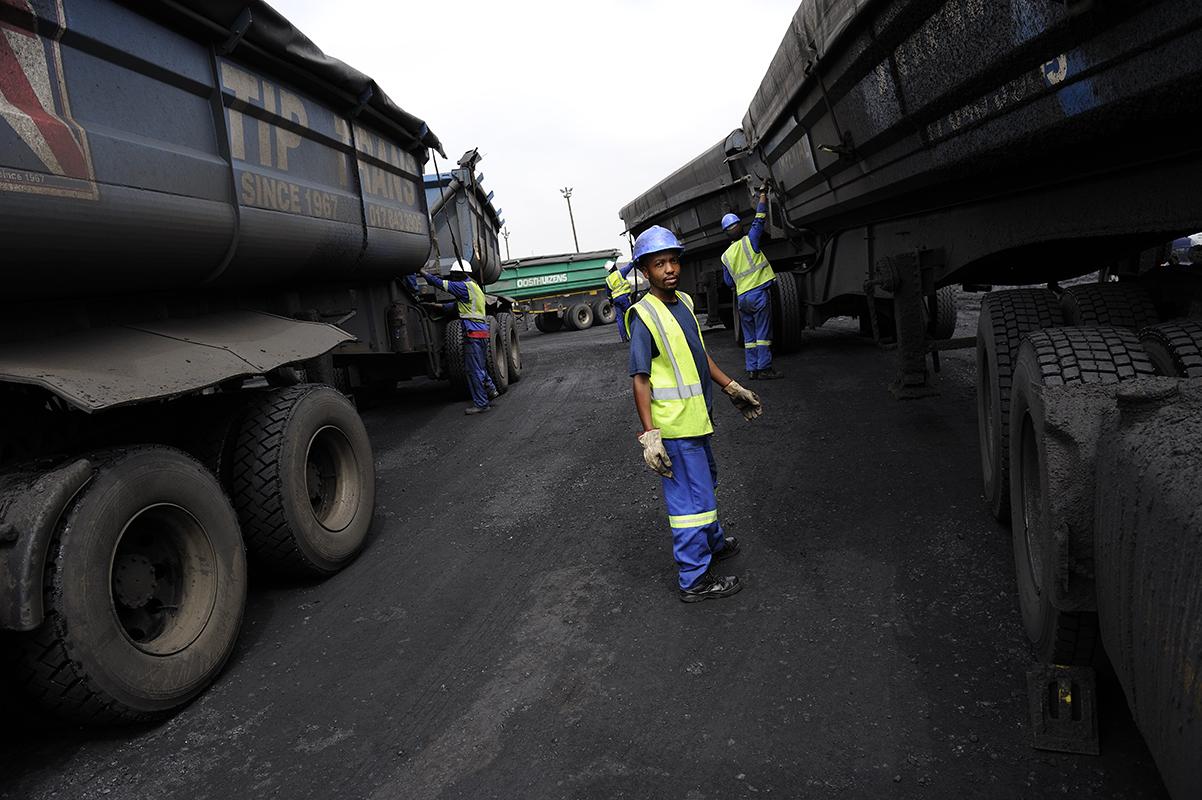 fred bourcier photographe reportage renault trucks transport charbon south africa 03
