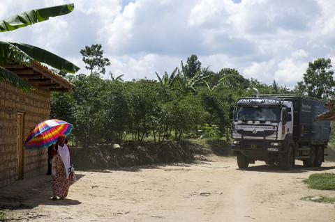 fred bourcier photographe reportage wfp renault trucks burundi 03