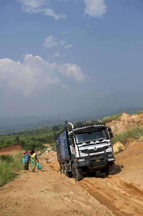 fred bourcier photographe reportage wfp renault trucks burundi 10