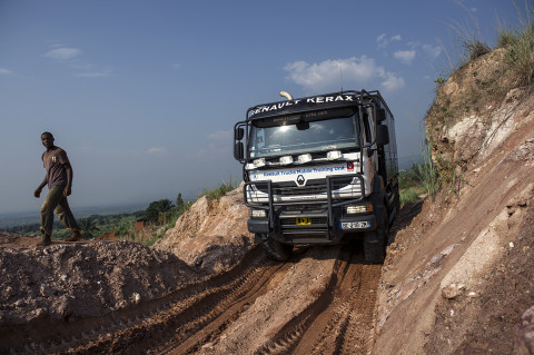 fred bourcier photographe reportage wfp renault trucks burundi 11