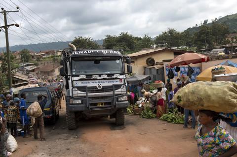 fred bourcier photographe reportage wfp renault trucks ghana jour de marché 02
