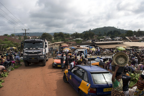 fred bourcier photographe reportage wfp renault trucks ghana 03