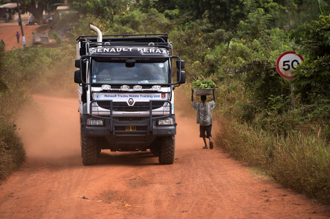 fred bourcier photographe reportage wfp renault trucks ghana 06