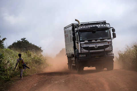 fred bourcier photographe reportage wfp renault trucks ghana 07