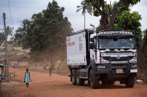 fred bourcier photographe reportage wfp renault trucks ghana 09