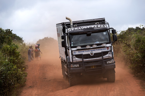 fred bourcier photographe reportage wfp renault trucks ghana 10