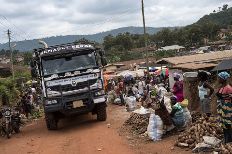 fred bourcier photographe reportage wfp renault trucks ghana 11
