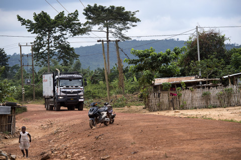 fred bourcier photographe reportage wfp renault trucks ghana 12