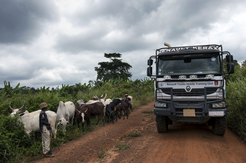 fred bourcier photographe reportage wfp renault trucks ghana 13