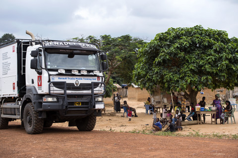 fred bourcier photographe reportage wfp renault trucks ghana 14