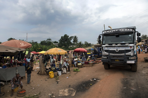 fred bourcier photographe reportage wfp renault trucks ghana 16