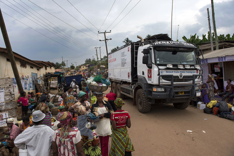 fred bourcier photographe reportage wfp renault trucks ghana 17