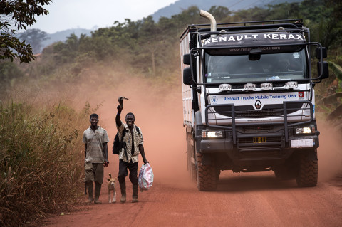 fred bourcier photographe reportage wfp renault trucks ghana 19