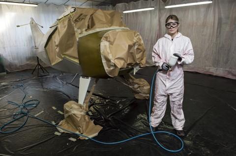 reportage photo fred bourcier atelier avions tourisme entretien peinture équipement de protection lunettes sécurité Bolle Safety