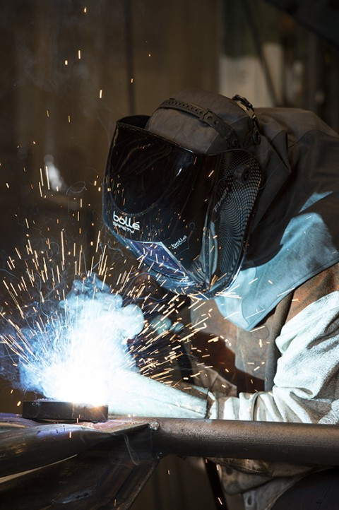 reportage photo in situ usine métallurgie catalogue masque de protection Bollé Safety EPI sécurité catalogue photos fred bourcier
