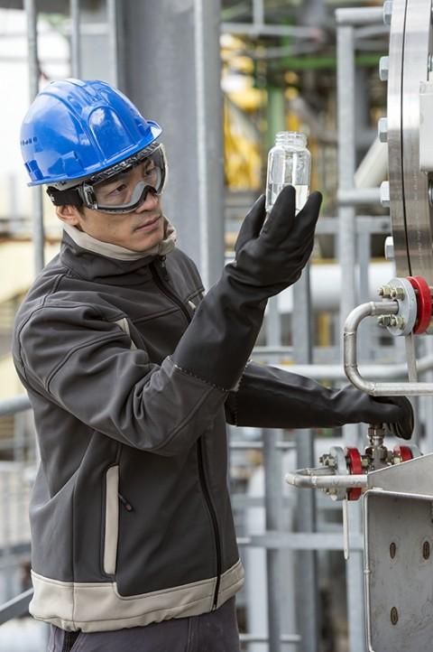 reportage photo complexe pétrole-chimique catalogue Bollé Safety lunettes de sécurité EPI photos fred bourcier