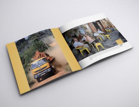 page intérieure de l' édition et réalisation de la brochure des couleurs de l'air du temps par le photographe fred bourcier
