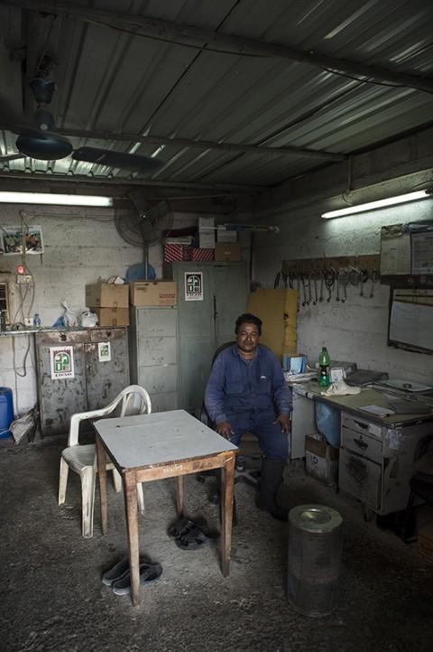reportage photos atelier garage émirats arabes par fred bourcier